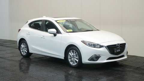 Certified Pre-Owned 2016 Mazda3 i Touring W/Moon Roof